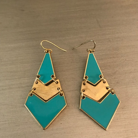 54 off boutique jewelry teal gold drop chandelier earrings from m5ab0ea0500450f9d4f8b765b mozeypictures Images
